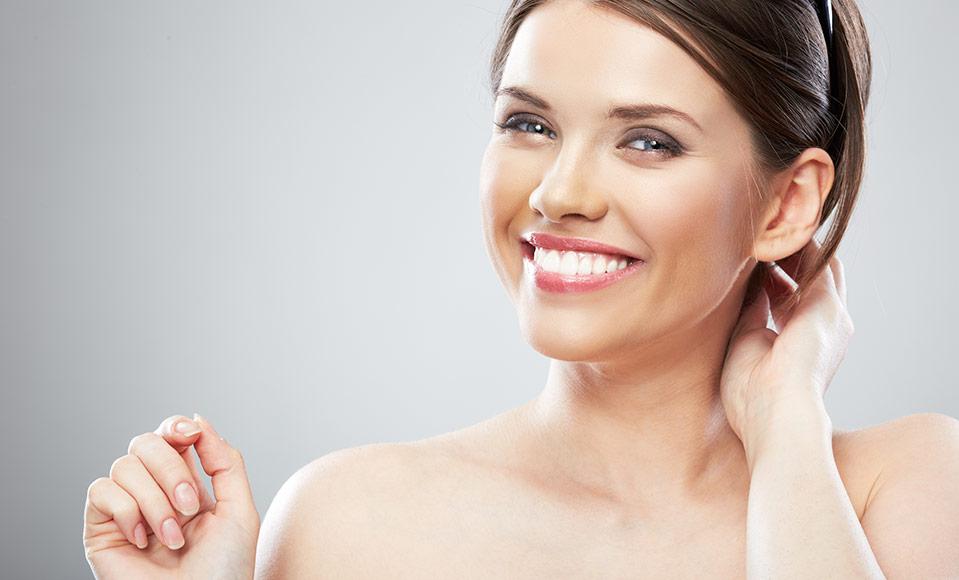 Les pores blanchissant et purifiant du masque pour la personne